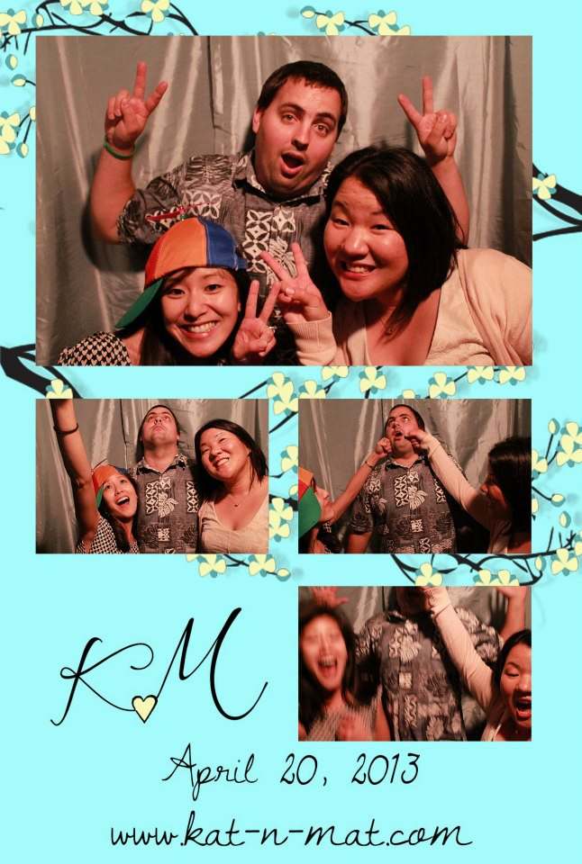 Photobooth bomb by the attendant!
